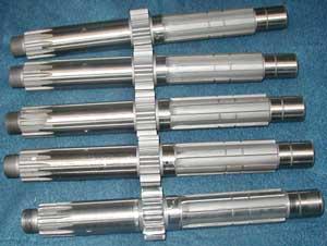 Umbau von Orginal RD Getrieben auf speziell angefertigte lange Kupplungswellen für Trockenkupplung